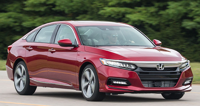 Electric Cars Vs Gas Cars >> 2018 Honda Accord Test Drive and Review, Specifications ...